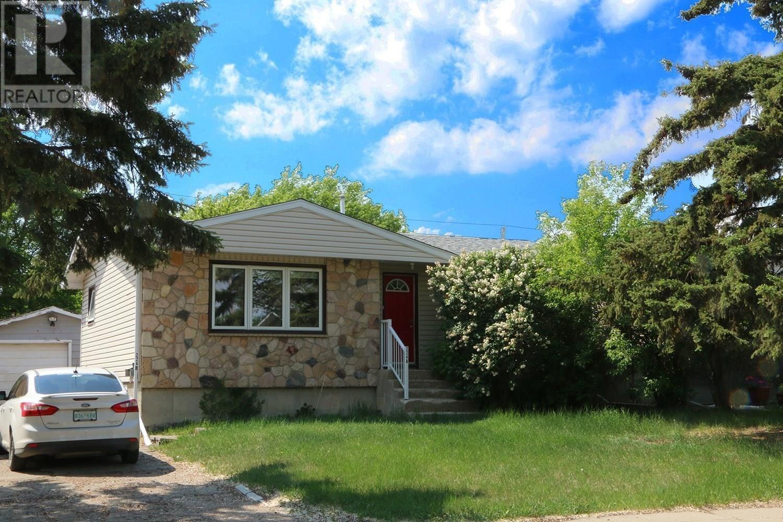 House for sale at 224 Osler St Regina Saskatchewan - MLS: SK817337