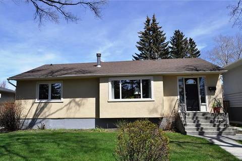 House for sale at 2240 Capitol Hill Cres Northwest Calgary Alberta - MLS: C4243889