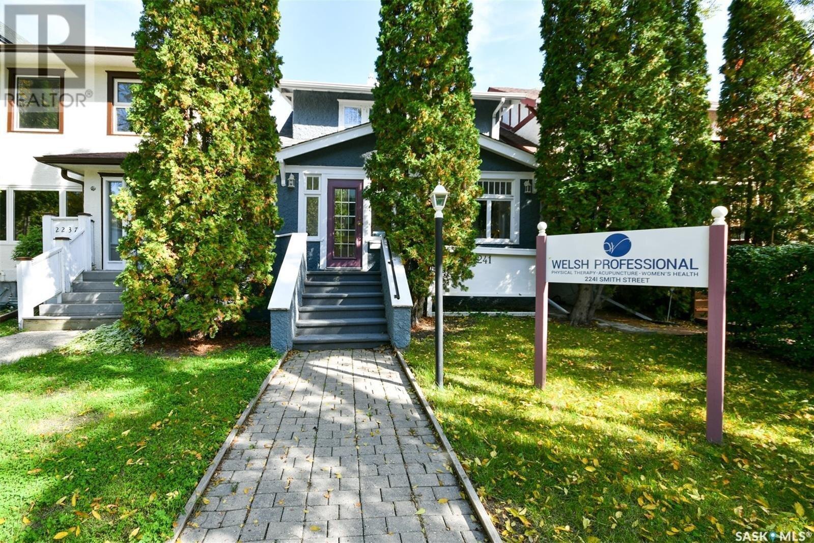 House for sale at 2241 Smith St Regina Saskatchewan - MLS: SK820972