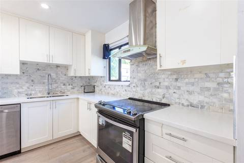 Townhouse for sale at 13620 67 Ave Unit 225 Surrey British Columbia - MLS: R2429263