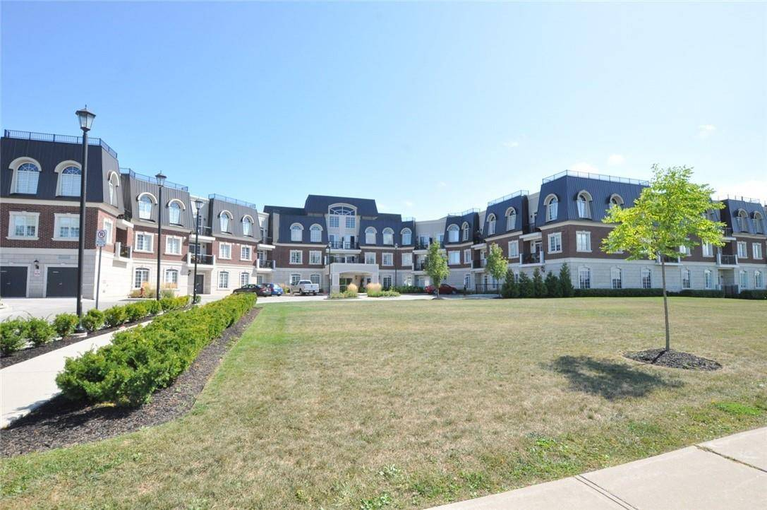 Condo for sale at 2300 Upper Middle Rd Unit 225 Oakville Ontario - MLS: H4063043
