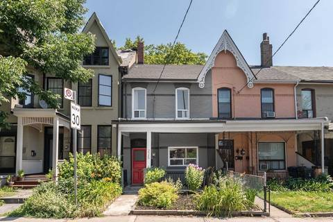 Townhouse for rent at 225 Dovercourt Rd Toronto Ontario - MLS: C4554411