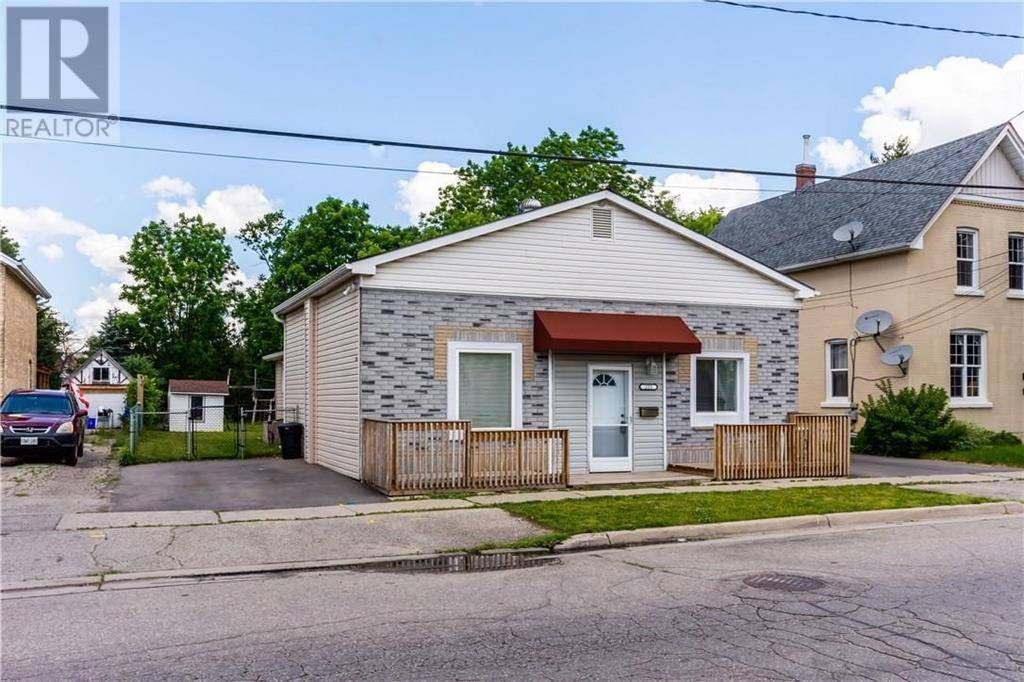 House for sale at 225 Grand River Ave Brantford Ontario - MLS: 30767122