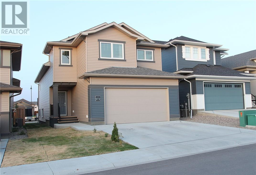 Removed: 225 Lasalle Terrace West, Lethbridge, AB - Removed on 2019-10-30 05:12:05