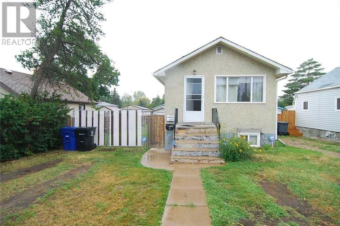 House for sale at 225 N Ave N Saskatoon Saskatchewan - MLS: SK815419