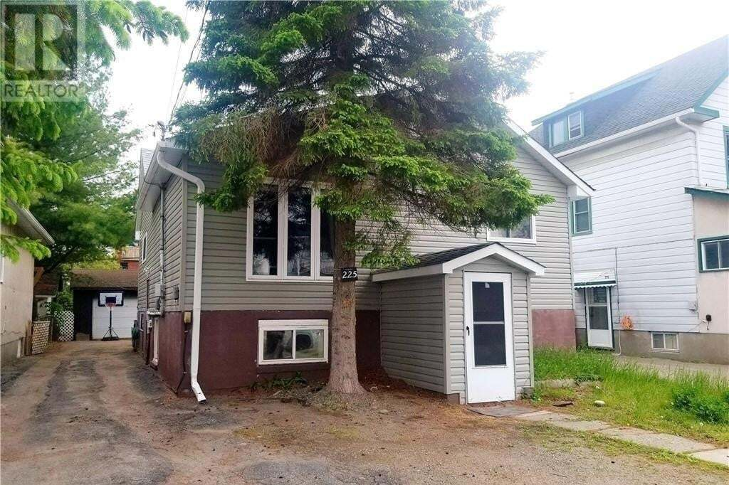 Townhouse for sale at 225 St. George St Sudbury Ontario - MLS: 2085269