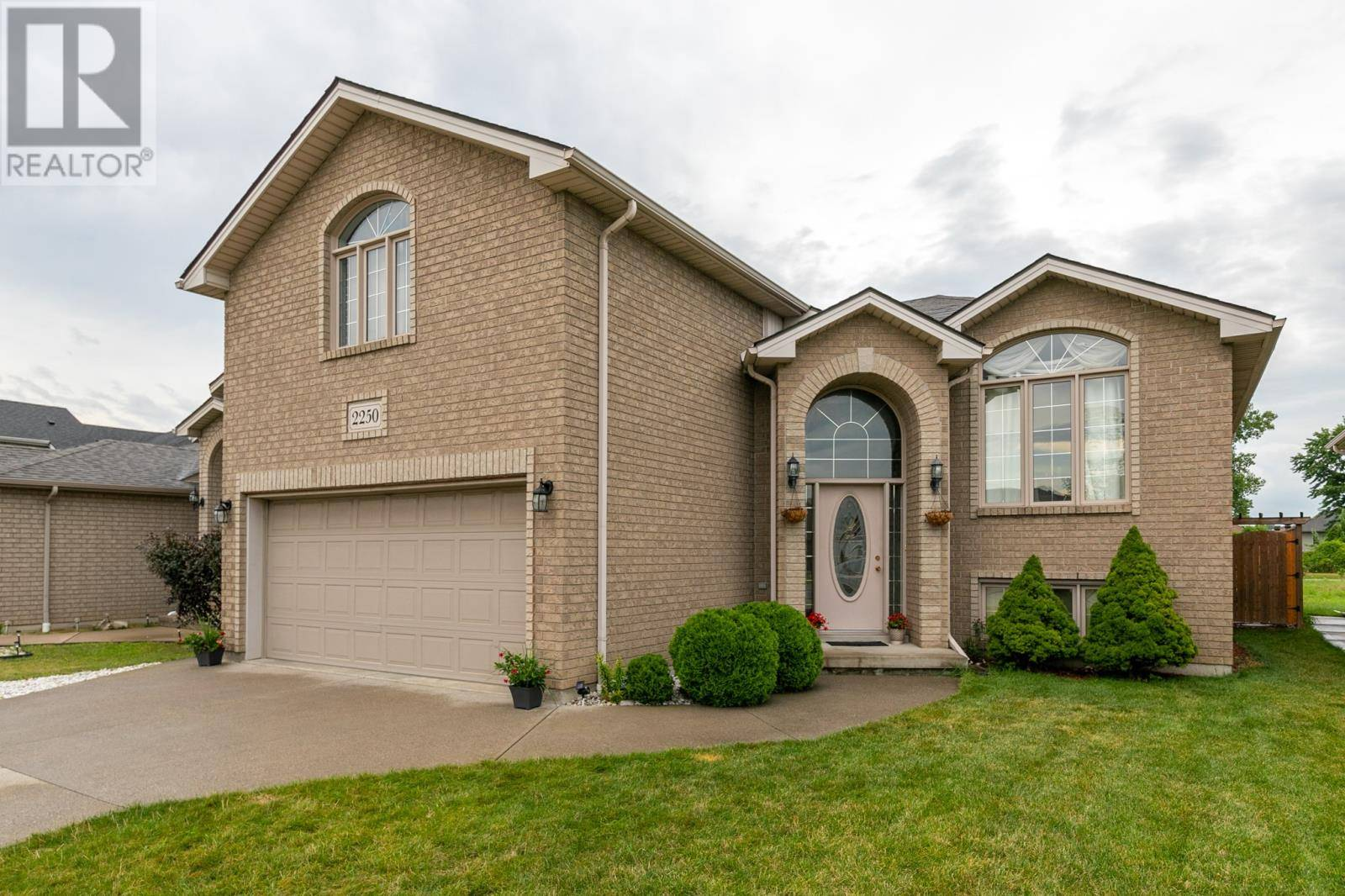House for sale at 2250 Northway  Windsor Ontario - MLS: 19023154