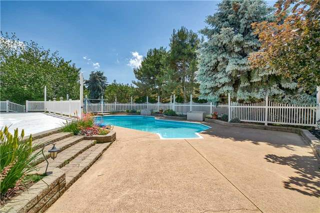 For Sale: 2250 Walnut Point Road, Lincoln, ON | 3 Bed, 4 Bath Home for $1,495,000. See 19 photos!