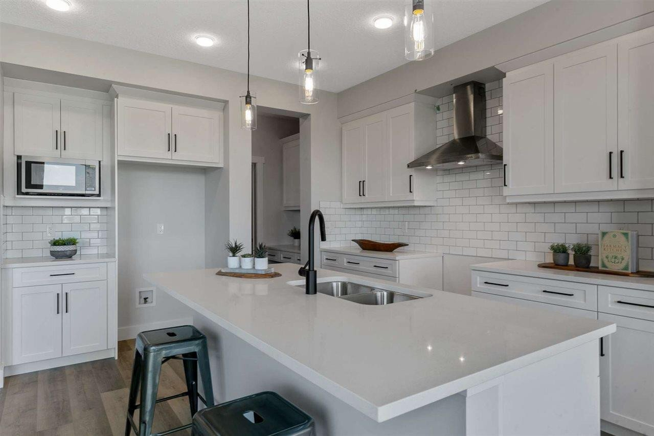 House for sale at 22524 82 Av NW Edmonton Alberta - MLS: E4206764