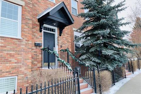 Townhouse for sale at 2259 Flanders Ave Southwest Calgary Alberta - MLS: C4290249