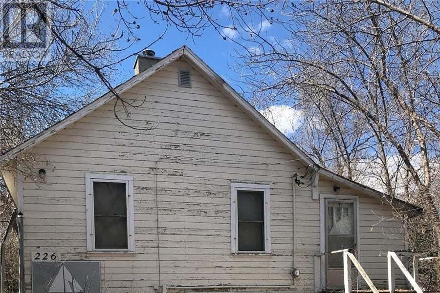 House for sale at 226 3rd St E Regina Beach Saskatchewan - MLS: SK810363