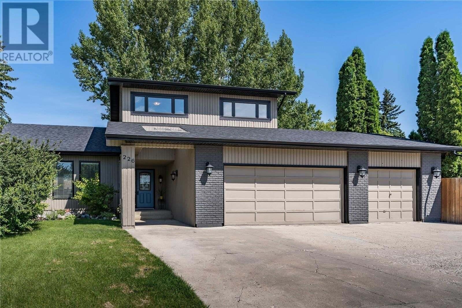 House for sale at 226 Benesh Pl Saskatoon Saskatchewan - MLS: SK820892