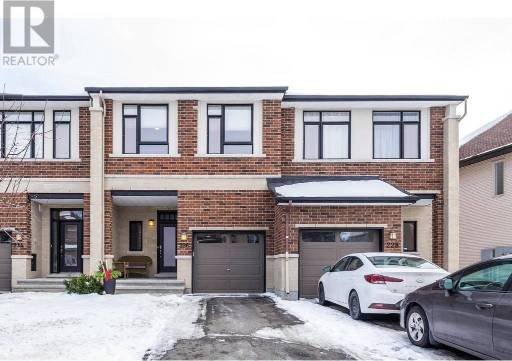 Townhouse for sale at 226 Cooks Mill Cres Ottawa Ontario - MLS: 1175877