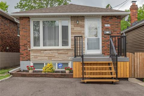 House for sale at 226 23rd St East Hamilton Ontario - MLS: H4056410