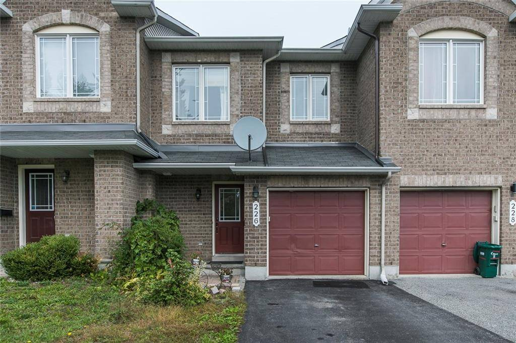 Townhouse for sale at 226 Forestbrook St Ottawa Ontario - MLS: 1171457