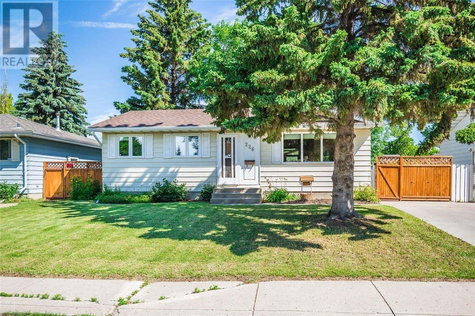 House for sale at 226 Meighen Cres Saskatoon Saskatchewan - MLS: SK817540
