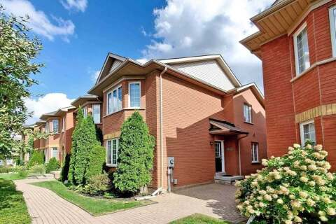 Townhouse for sale at 2260 Westoak Trails Blvd Oakville Ontario - MLS: W4944289