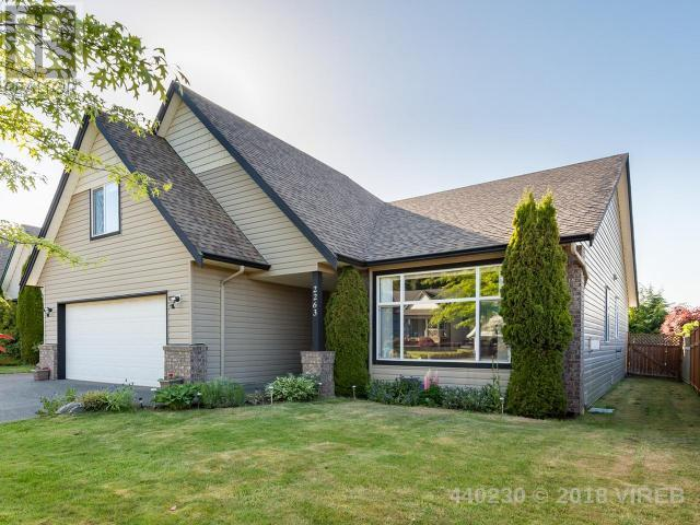 For Sale: 2263 Swallow Crescent, Courtenay, BC | 3 Bed, 2 Bath House for $630,000. See 40 photos!