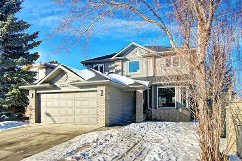 House for sale at 2264 Douglasbank Cres Southeast Calgary Alberta - MLS: C4286924