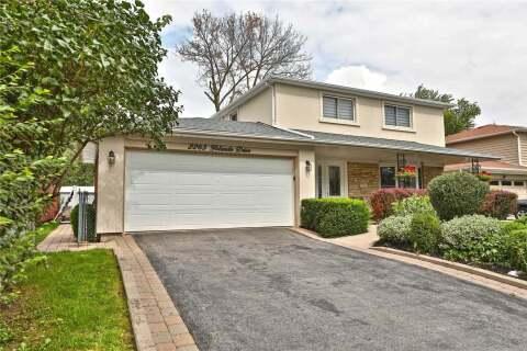 House for sale at 2265 Yolanda Dr Oakville Ontario - MLS: W4901108