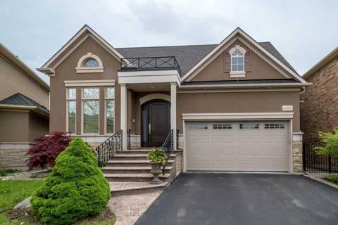 House for sale at 2267 Blackbird Ct Oakville Ontario - MLS: W4503179