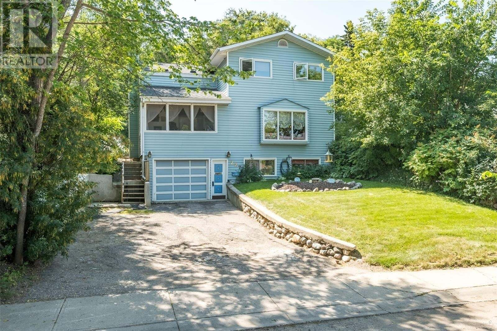 House for sale at 227 19th St W Prince Albert Saskatchewan - MLS: SK819190