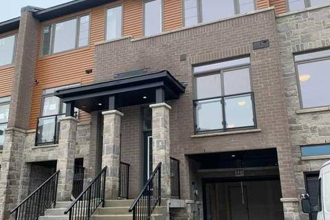 Townhouse for rent at 30 Times Square Blvd Unit 227 Hamilton Ontario - MLS: X4674403