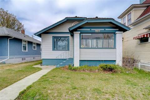 House for sale at 227 9a St Northwest Calgary Alberta - MLS: C4271248