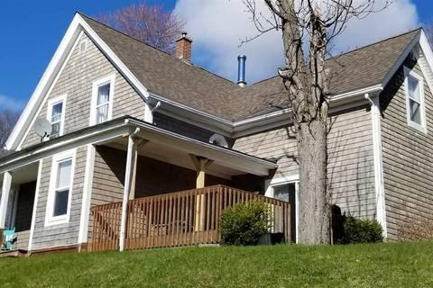 House for sale at 227 High St New Glasgow Nova Scotia - MLS: 201910046