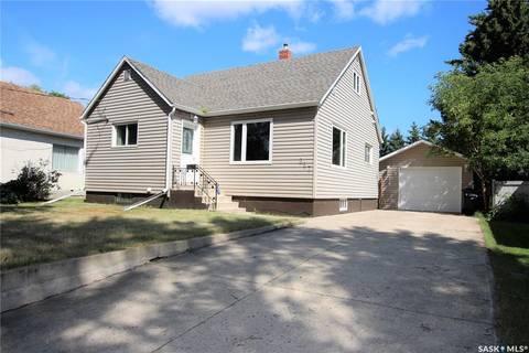 House for sale at 227 Maple Ave Yorkton Saskatchewan - MLS: SK783317