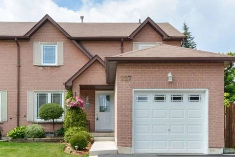 Townhouse for sale at 227 Ross Ln Oakville Ontario - MLS: W4523186