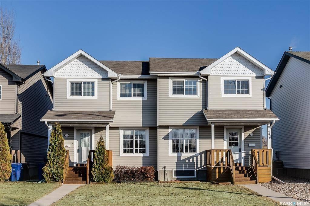 House for sale at 227 Rutherford Cres Saskatoon Saskatchewan - MLS: SK793483