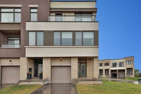 Townhouse for sale at 227 Wheat Boom Dr Oakville Ontario - MLS: W4522144