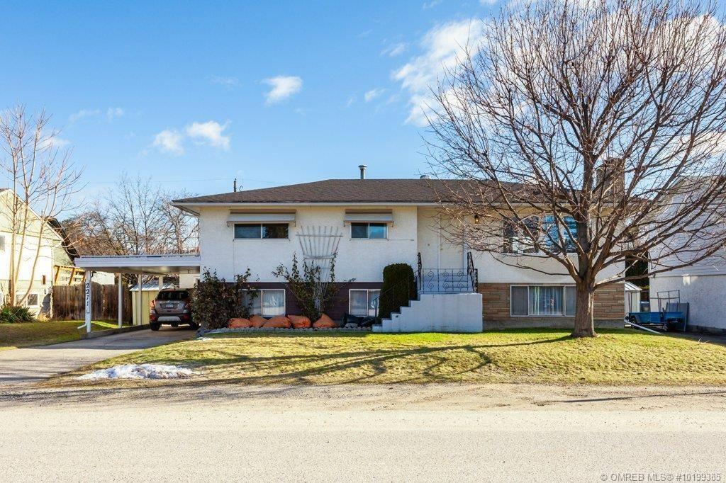House for sale at 2271 Burnett St Kelowna British Columbia - MLS: 10199385