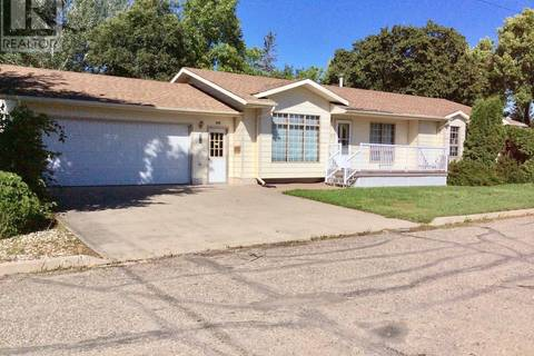 House for sale at 228 5th Ave E Assiniboia Saskatchewan - MLS: SK786526