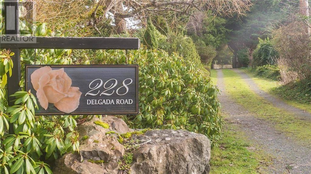 228 Delgada Road, Victoria | Image 2