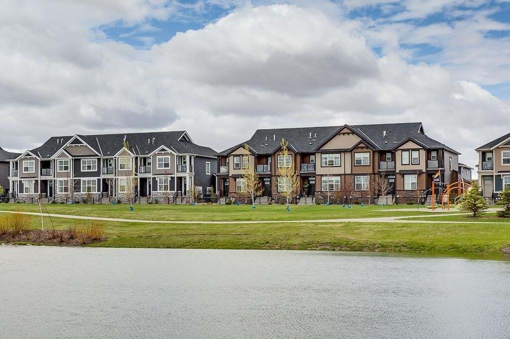 Townhouse for sale at 228 Midyard Ln SW Midtown, Airdrie Alberta - MLS: C4297495