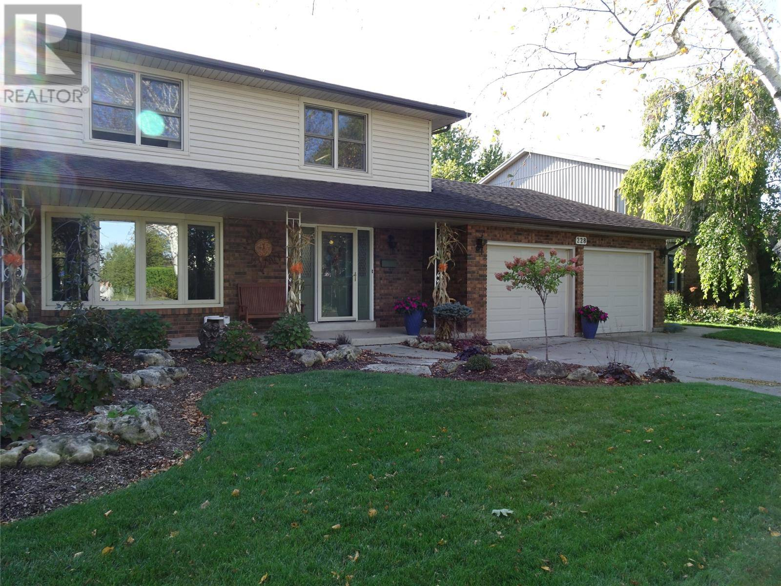 House for sale at 228 Oxley Dr Chatham Ontario - MLS: 20000144