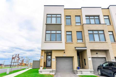 Townhouse for sale at 228 Squire Cres Oakville Ontario - MLS: W4577324