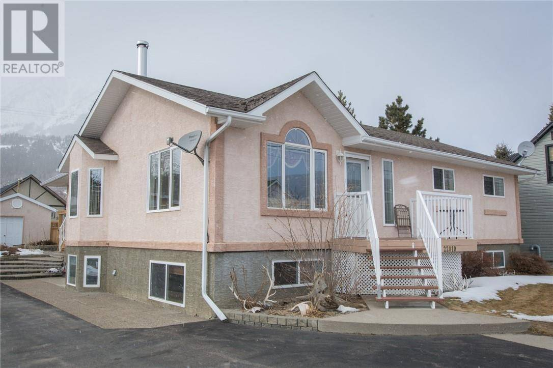 House for sale at 22810 9 Ave Hillcrest Mines Alberta - MLS: ld0190081