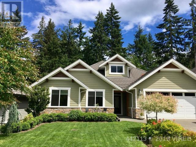 For Sale: 2285 Suffolk Crescent, Courtenay, BC | 3 Bed, 2 Bath House for $759,000. See 31 photos!