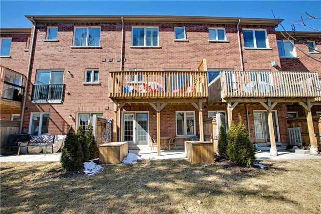 For Sale: 229 Appleton Court, Newmarket, ON | 2 Bed, 3 Bath Townhouse for $712,000. See 20 photos!