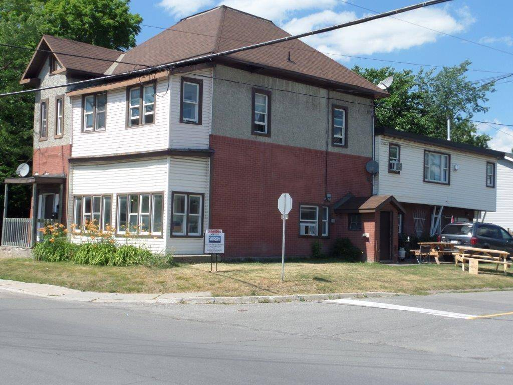 Townhouse for sale at 229 Elgin St Arnprior Ontario - MLS: 1132212