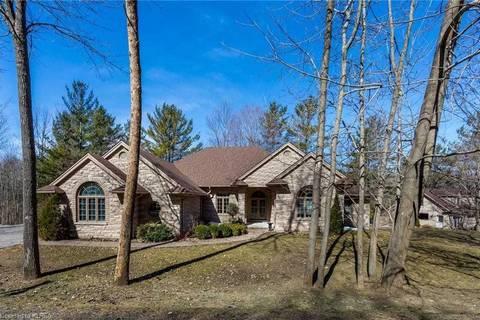 House for sale at 229 Louisa St Kawartha Lakes Ontario - MLS: X4488175