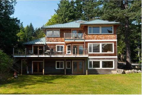 House for sale at 229 Moonwinks Dr Bowen Island British Columbia - MLS: R2444256