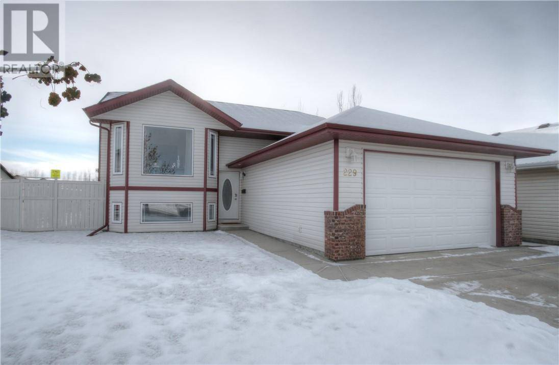 House for sale at 229 Reichley St Red Deer Alberta - MLS: ca0180222