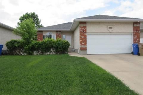 House for sale at 2290 Goff Pl Regina Saskatchewan - MLS: SK775919