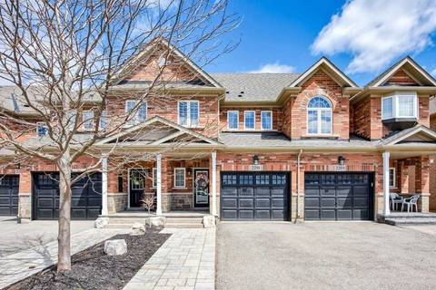 Townhouse for sale at 2291 Whistling Springs Cres Oakville Ontario - MLS: W4453904