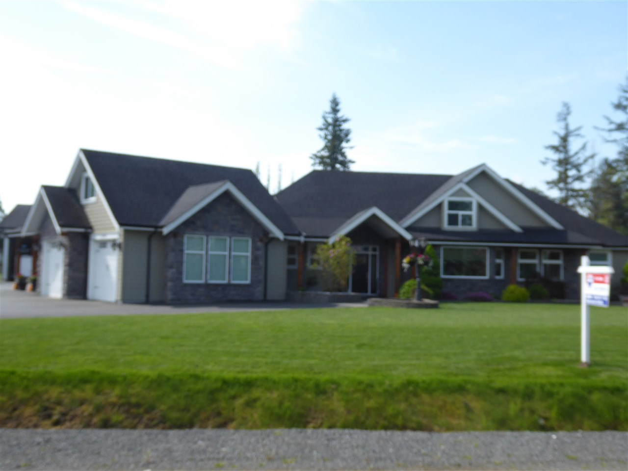Sold: 22992 73 Avenue, Langley, BC