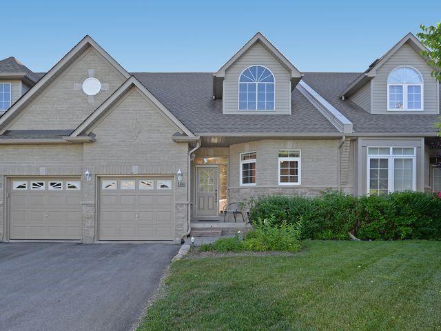 Sold: 22i - 186 Lindsay Street, Kawartha Lakes, ON